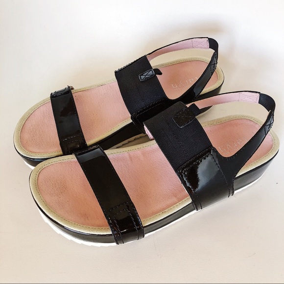 ec42806e095 TARYN ROSE Black and Pink Platform Sandals Size 10.  M 5aa5440c3b1608bff0131508